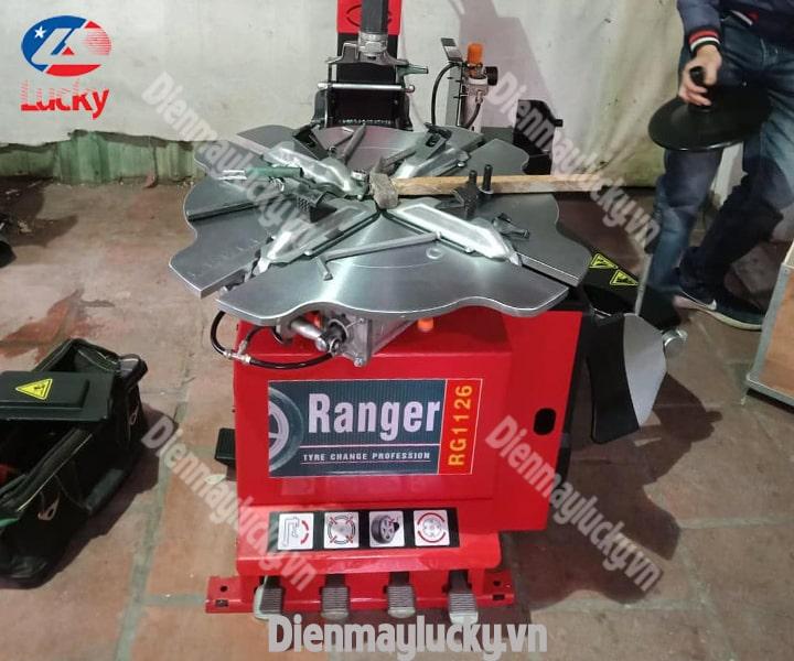 may-ra-vao-lop-o-to-ranger-rg-1126-co-gat-gu-chinh-hang