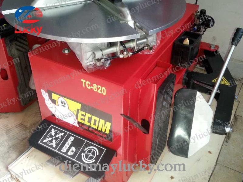 may-ra-vao-lop-xe-ô-tô-con-TC820-2