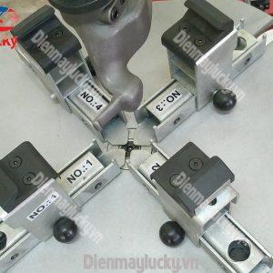 Máy Ra Vào Lốp Xe Tải Rotaly Ry 806 (6) Min (1)